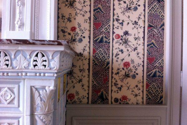 Tissu tendu mural à Bordeaux par l'Atelier du Comte Emporain